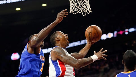Outside shooting helps Pistons earn first win