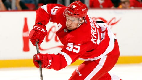 Wings get much-needed scoring from defensemen