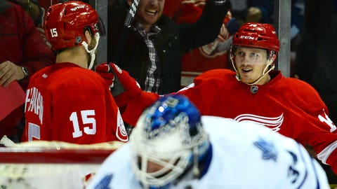 Gave: 'Pure Red Wings' surprise even themselves with hot start