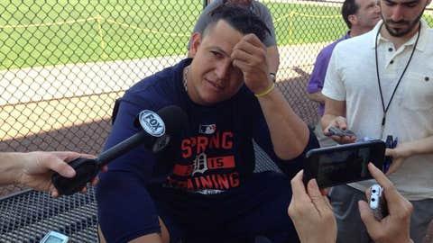 Miguel Cabrera arrives at Tigers' spring camp