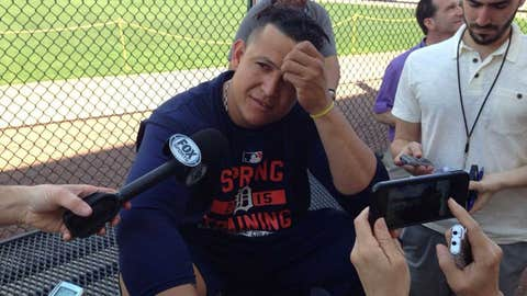 Miguel Cabrera arrives at Tigers' spring camp
