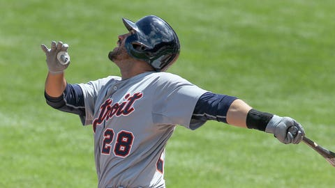 Fields, Martinez, Moya homer as Tigers beat Phillies