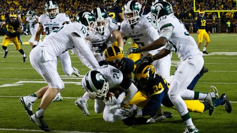 No. 7 Michigan State stuns No. 12 Michigan 27-23 on final play