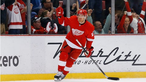Brad Richards' SO goal lifts Wings over Sabres