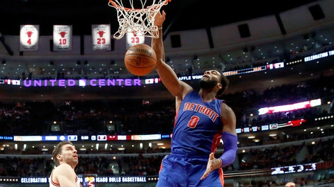 Drummond, Pistons survive four overtimes to top Bulls