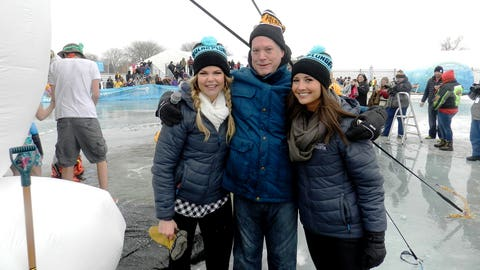Kendall and Angie are all smiles with their Plunge co-host from Special Olympics Minnesota. Everyone's bundled up and thinking warm thoughts - like baseball and Spring Training!