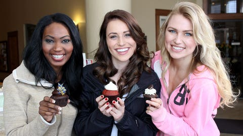 There's no better way to end a photo shoot that with cupcakes from Milwaukee Cupcake Company.