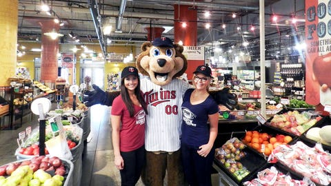 The FOX Sports North Girls, with the help of TC, checked out some of the shops at Midtown Global Market.