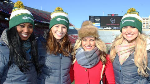 The FOX Sports Wisconsin Girls get the scoop on the high school football games from FOX Sports Wisconsin sideline reporter Sophia Minnaert.