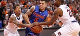 Gators grind out win against Auburn to take 1st place in SEC
