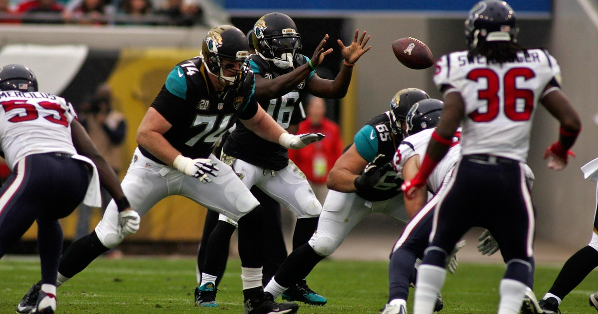 Jaguars Open Up Bag Of Tricks Can T Find Momentum In