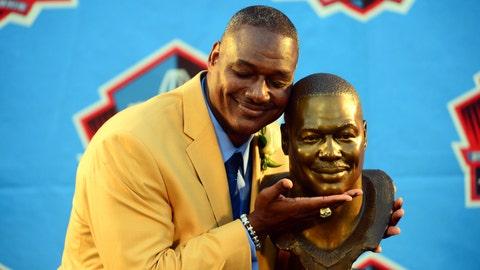 Brooks enters Hall of Fame