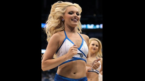 Orlando Magic dancer