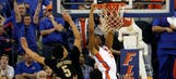 Gators' Hill, Robinson combo works in crunch time