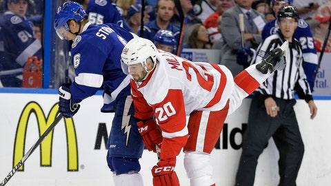 Game 1: Lightning vs. Red Wings