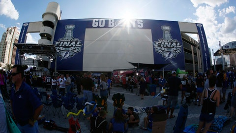 1. Tampa Bay Lightning advance to 2015 Stanley Cup Final
