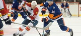 Panthers allow 3 goals in 3rd period, fall to Islanders