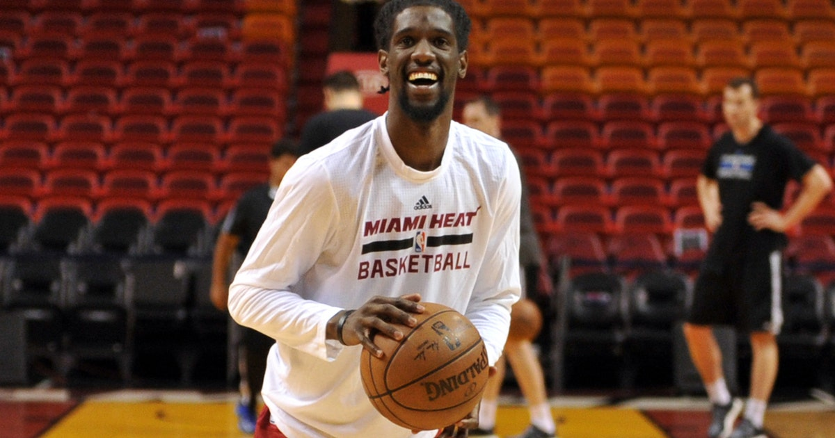 Heat Waive 5 Players Trim Roster To 15 Fox Sports