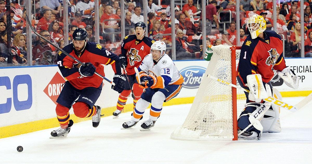 Panthers Lose High Scoring Game 1 Vs Islanders Fox Sports