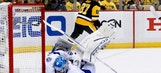 Lightning allow goal early in OT, drop Game 2 to Penguins