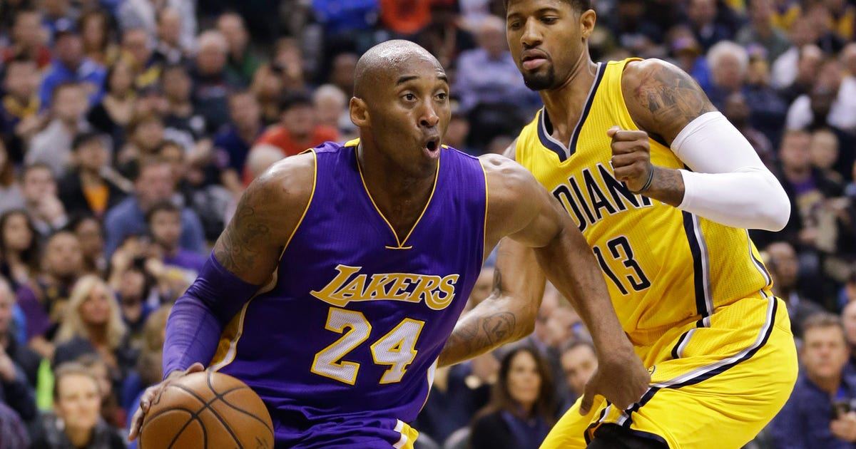 0b1ff99fbe97 Kobe gives Paul George a pair of sneakers after final game vs. Pacers