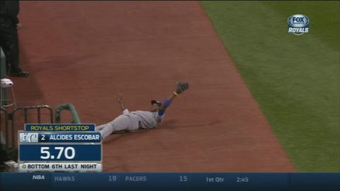 Alcides Escobar's amazing catch