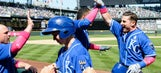 Escobar and Giavotella homer in Royals' 9-7 win