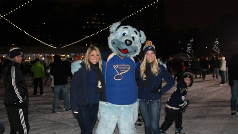 Kayla and Teryn with Louie at the St. Louis Classic