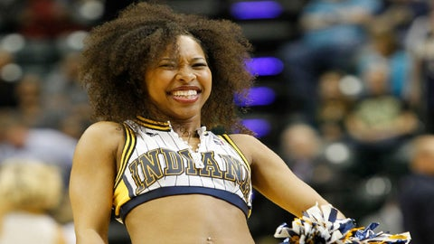 Indiana Pacers cheerleader