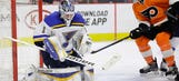 Elliott can't save Blues' slumping offense in Philadelphia