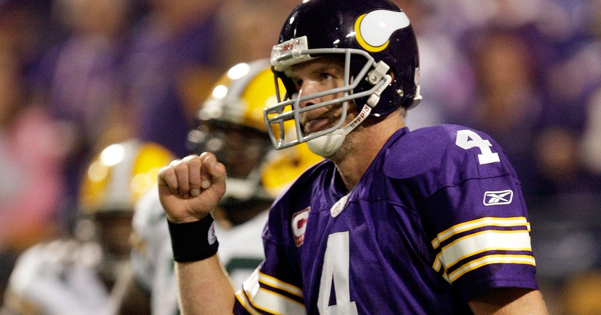 premium selection 016d4 d18dc StaTuesday: A closer look at Brett Favre's 2009 season with ...