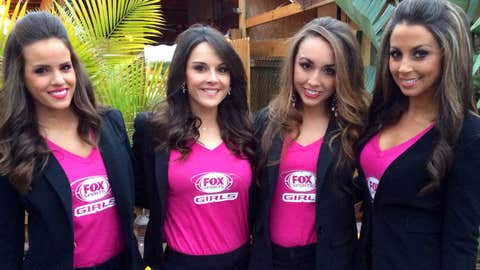 The FOX Sports Girls grabbed dinner at an Italian restaurant before heading to night one of the Daytona 500 Bash at the Beach.