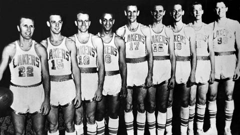 Minneapolis Lakers (4-3) vs. New York Knicks, 1952