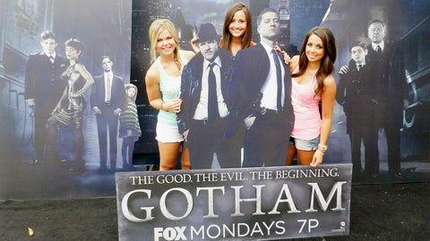 FOX Sports North Girls favorite new show alert! Gotham premieres September 22 on FOX.