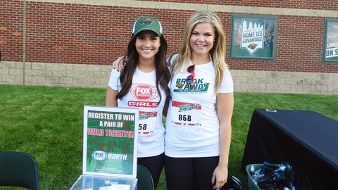 Angie and Kendall hang out at the FOX Sports North table before the run. Fans could meet the FOX Sports North Girls, register to win tickets, score giveaways and more!