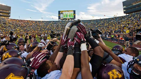 The Gophers win the Little Brown Jug and Floyd of Rosedale in the same season