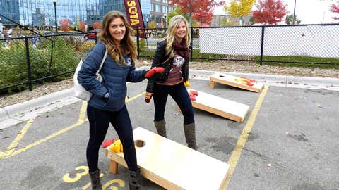 Jennifer & Kendall showed off their tailgating prowess with a game of bag toss!