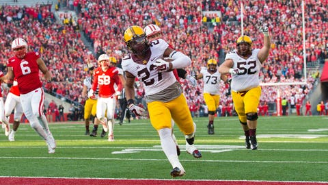 David Cobb enters the Gophers' record books