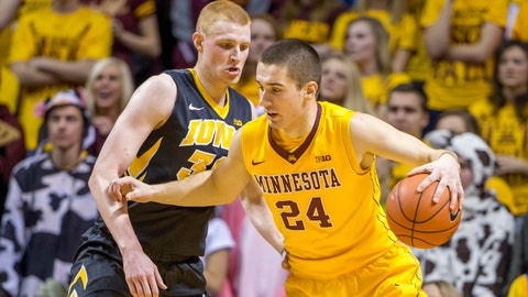Hawkeyes at Gophers: 1/13/15