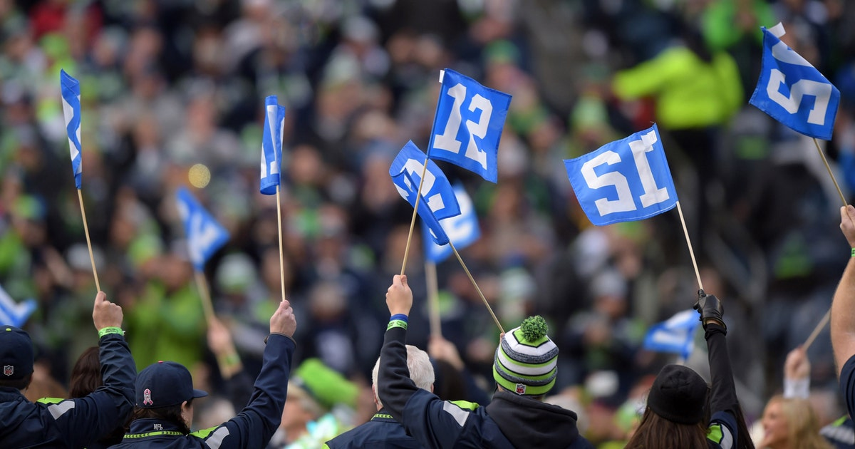 Seahawks fan customizes team jersey with launch of Windows 10 | FOX Sports