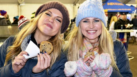 Kendall & FOX Sports Wisconsin Girl Chyna enjoy a taste of summer with Sweet Martha's cookies.