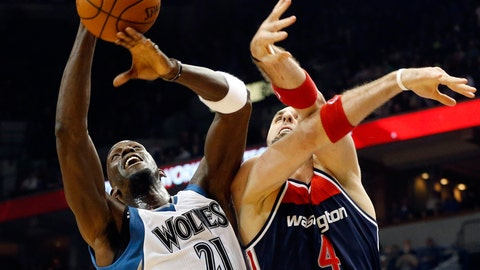 PHOTOS: Wolves 97, Wizards 77