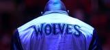 Wolves star Garnett announces retirement