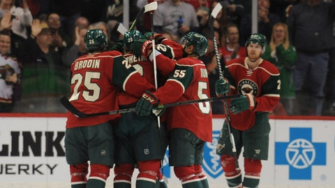 PHOTOS: Wild 6, Devils 2