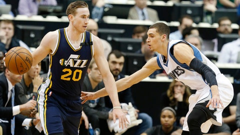 PHOTOS: Jazz 104, Wolves 84