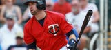 Dozier out of Twins' lineup with sore hamstring