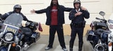 Jadeveon Clowney cited for speeding, tweets photo posing with cops