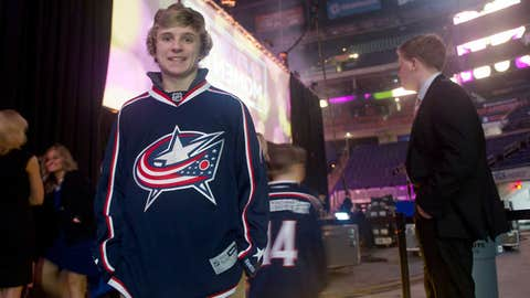 Blue Jackets Black Tie Style Show
