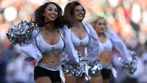 Raiders cheerleaders
