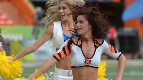 Bengals, Colts cheerleaders